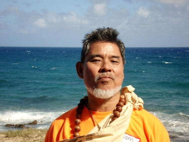 Samuel Gon works as a scientist and cultural adviser at the NGO Nature Conservancy in Hawaii. His goal is to combine the island's traditional knowledge with modern technologies to improve and guide conservation efforts.