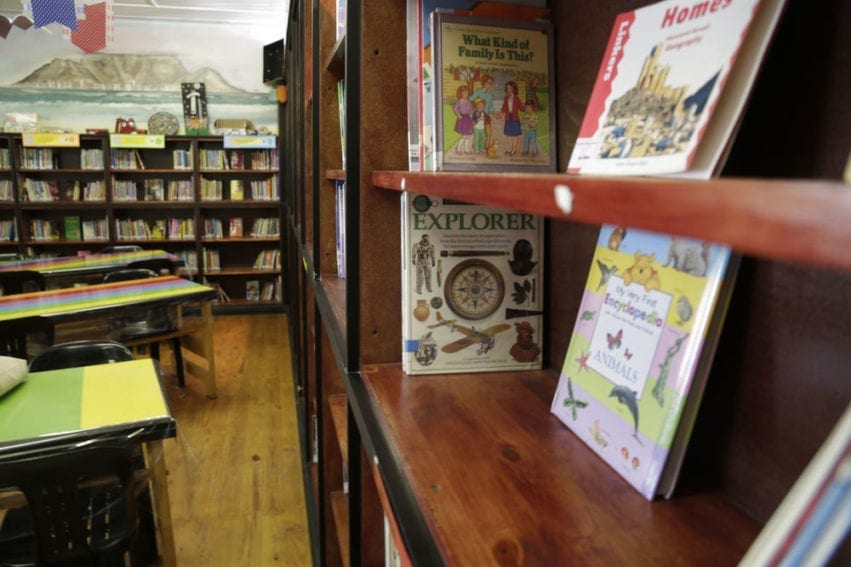 The library operates like a public library: children are able to borrow books and read them in their own time