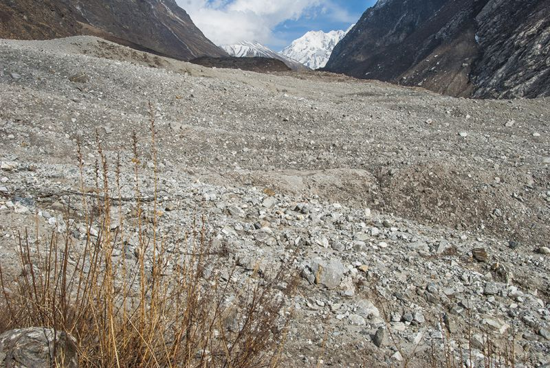 The gigantic pile of debris, up to 60 metres deep, completely engulfed Langtang and nearby villages during the 2015 earthquake, leaving nearly 400 people missing or dead. The tragedy happened when 15 million tonnes of ice and rock tumbled several kilometres onto the valley floor