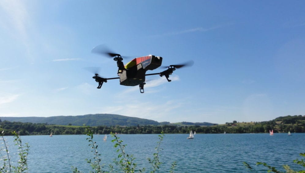 Parrot_Drone_WikimediaCommons_3648x2736