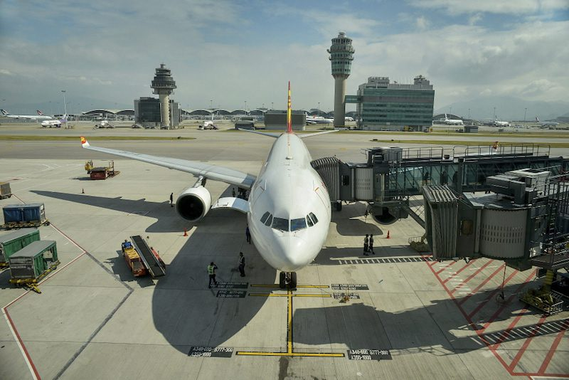 LAC_281018 Airport by panos
