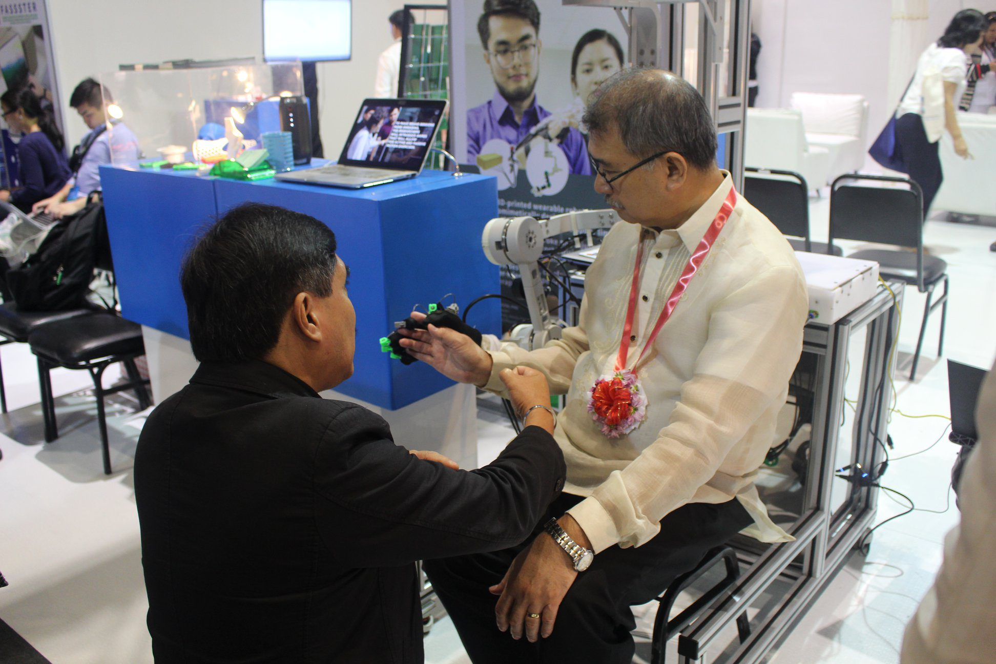 DOST Secretary trying out the Agapay project