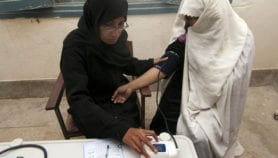 Pakistan plans doorstep HIV care for female patients