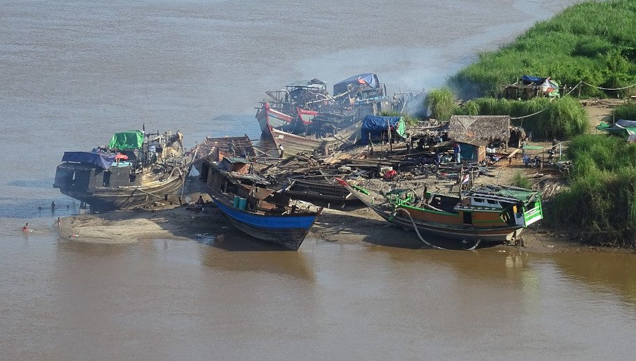 Boats by Salween River - main