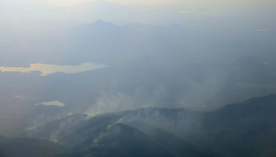 File source: http://commons.wikimedia.org/wiki/File:Burning_mountains_Thailand.JPG