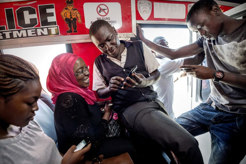 Nairobians using the internet on their smart phones
