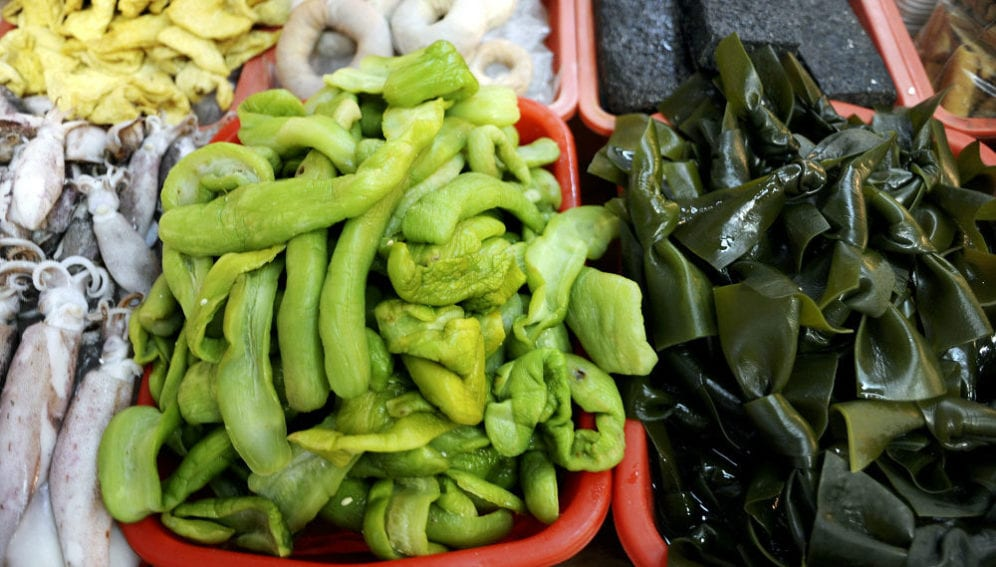 seaweed and squid displayed at North Point wet market