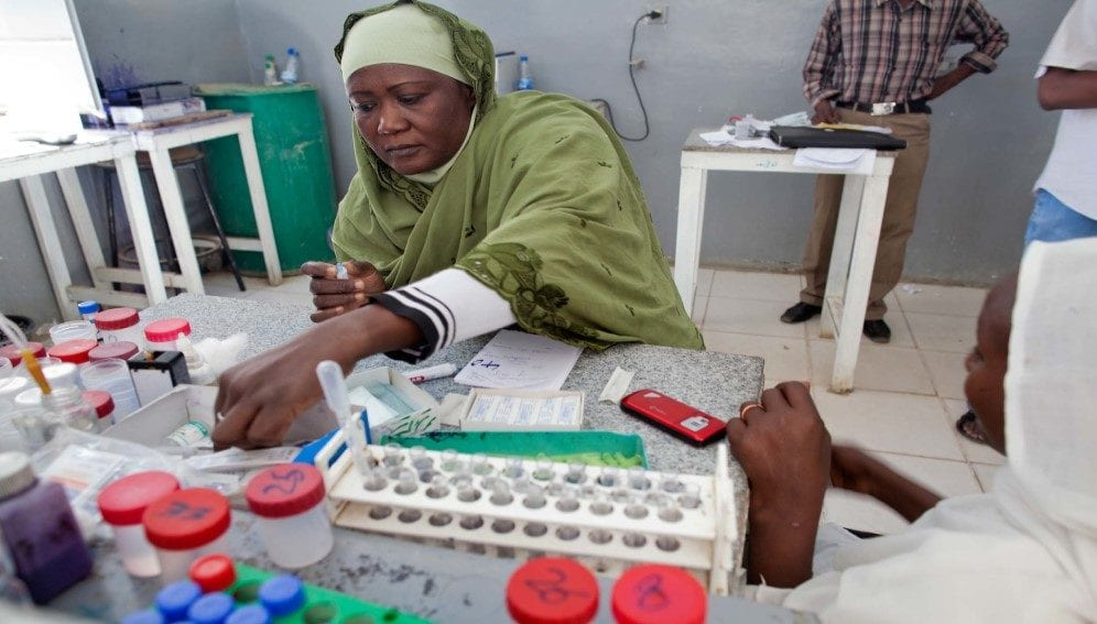 A medical staff member works at the laboratory of the Emergency Area